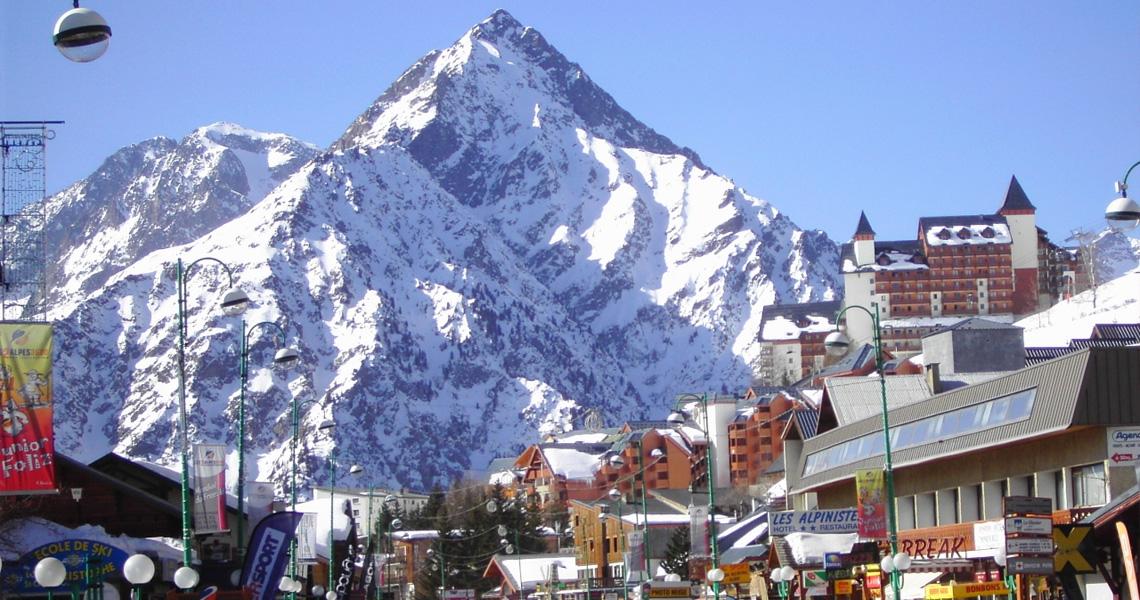 Team Building  U00e0 La Montagne Aux Deux Alpes  U22c6 Diverty Events